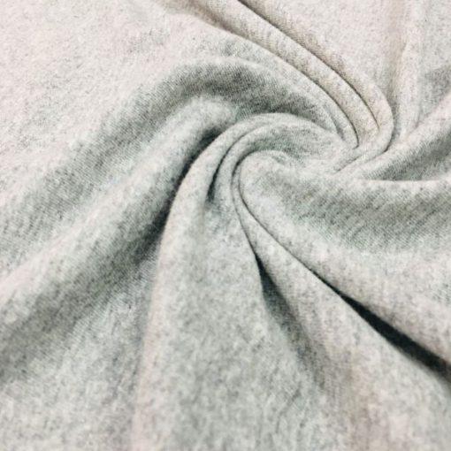 Gekämmter Grau